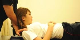 最近肩こり頭痛の学生さん増えてます。。
